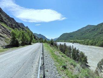 Дорога вдоль Катуни